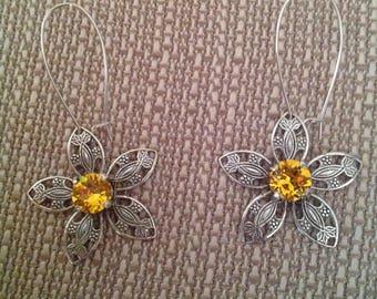 Antique Silver Filigree 39ss Flower Earrings