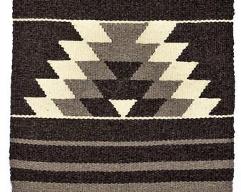 "Hand-Crafted Bulgarian Rug ""Makaz"""