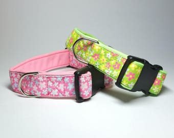 Flowered Dog Collar With A Soft Lining