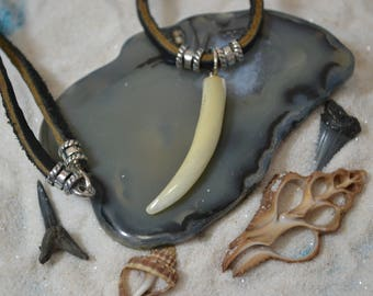 Mens Leather Sterling Silver Mother of pearl Saber Tooth Necklace