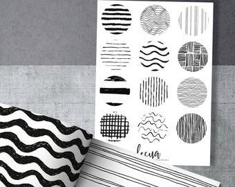 Small Circles - Black and White