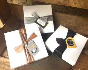 Gift Wrap / Gift Box / Add Gift Wrapping to Purchase