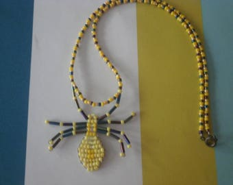 """Yellow spider"" beaded necklace seed beads"