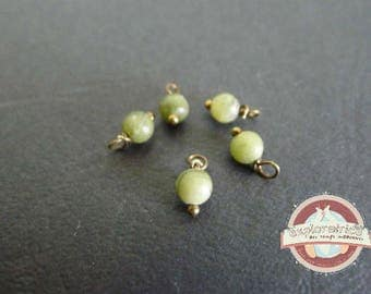 10 beads round washers 4x8mm green jade stones
