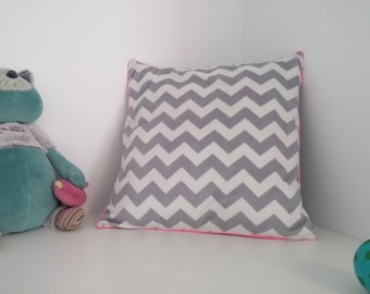 Chevron Cushion cover piped 40 x 40 cm
