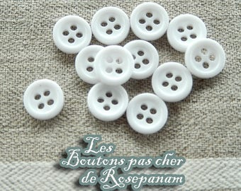 12 small round white buttons - 4 hole diameter 0.9 cm - lot not expensive sewing, scrapbooking or cardmaking