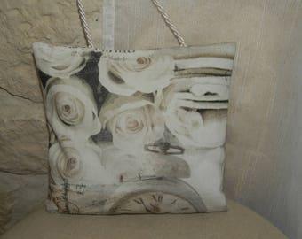 Washerwomen, true poetry door cushion