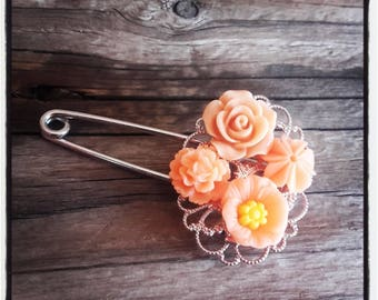 Orange flowers and silver filigree pin brooch