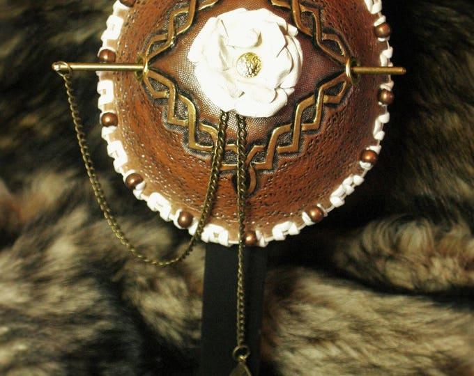 "Bun ""white rose"" tooled leather case"