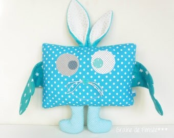 cushion blanket and puppet p' little monster Blue Rabbit with big Noreille *.