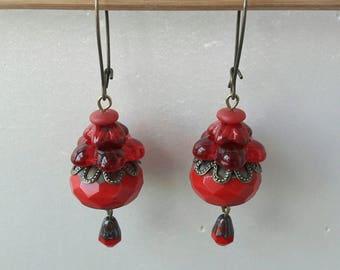 Dangle earrings of Bohemian Red