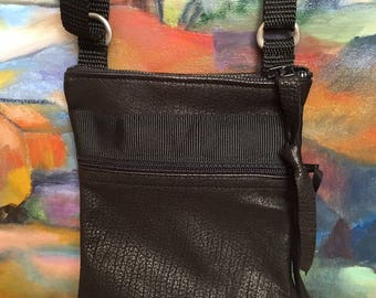 Small black grained leather shoulder bag