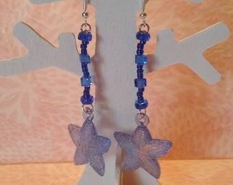 Blue dangle earrings - starfish