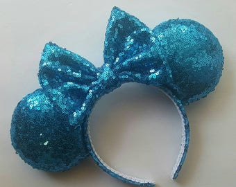 Teal mouse ears