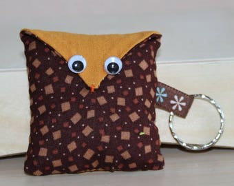 OWL Keychain - square - Brown and camel pattern