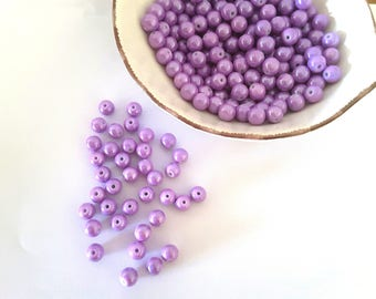 Round purple glass beads - 8 mm -