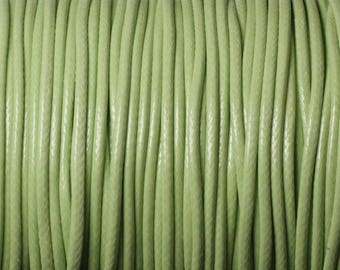 5 Metters - 1.5 mm 4558550025722 lime green waxed cotton cord