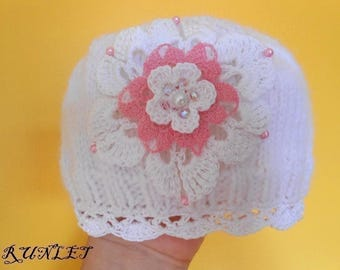 Hat, hat, baby girl wool pink and white flower beads