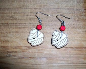 bead cupcake earrings