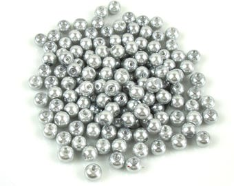 50 6 mm glass grey Pearl effect beads