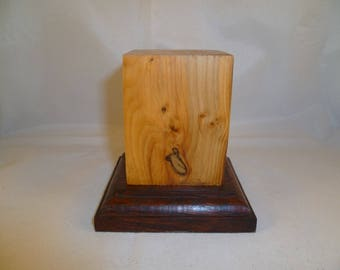 square scif1 yew wood base