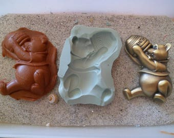 winnie pooh l silicone mold and his pot of honey for fimo wepam resin cast