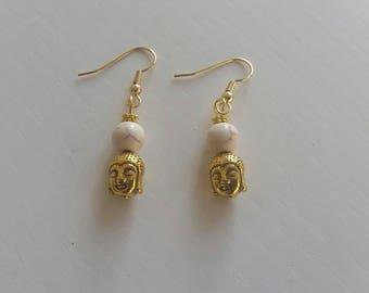 Earrings made of Howlite (8 mm beads)
