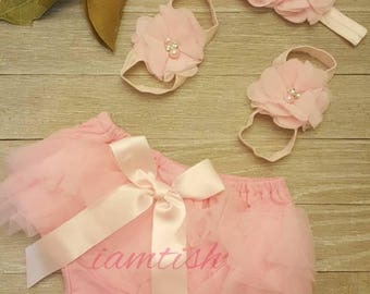 Infant blommers, baby bloomers, bloomers diaper covers, tutu bloomers, ruffle bloomers, infant ruffle bloomers, Baby ruffle bloomers,