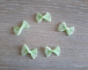 Set of 5 bows in green organza with white polka dots
