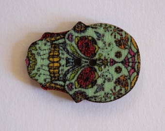 Button in wood two holes dia los muertos skull pattern blue flowers