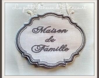 Medallion Gustavian grey family house