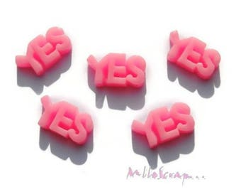 Set of 5 YES! light pink resin embellishment scrapbooking.*
