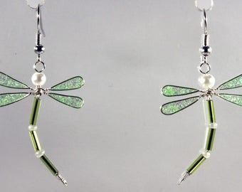 Boucles d'oreilles libellule vert fluo pailleté / blanc