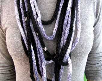 Wool necklace with metal beads