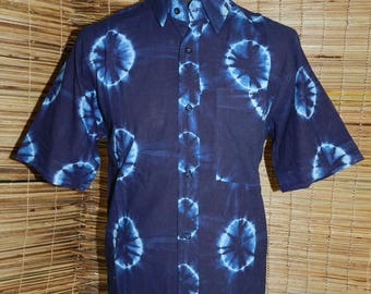 Men's shirt - short sleeve - African indigo dyed fabric is available in size S, M and l.
