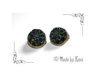 Vintage old black Vintage Cabochon resin flower cameo CLIP on earrings