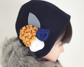 Baby bonnet/Hat dressed girls in wool with felt - blue/yellow mustard flowers