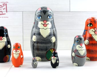Cats Kittens Matryoshka set of 7 pcs Stacking Wooden Russian Nesting Dolls