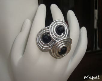 Spiral ring black, aluminum silver wire, black wooden beads