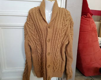 T beige jacket. Hand knitted L