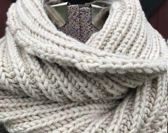 Handmade fishermans stich knit cowl