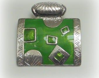 Green rectangular pendant