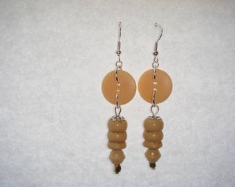 Beige wooden beads earrings