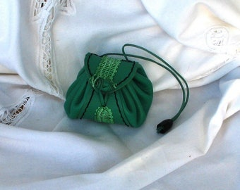 Handmade coin purse spring, style purse, Apple green leather strap, and green and white bobbin lace