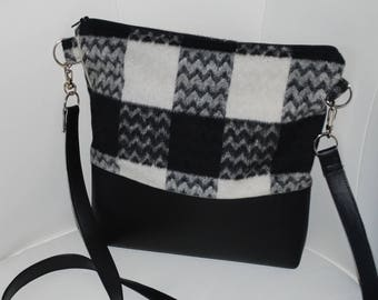 Faux leather black/fabric handbag wool gray/black/white
