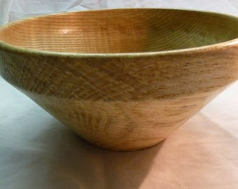 Food lacquer finish - handmade turning wooden fruit bowl