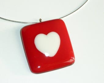 """My heart"" necklace in fused glass"