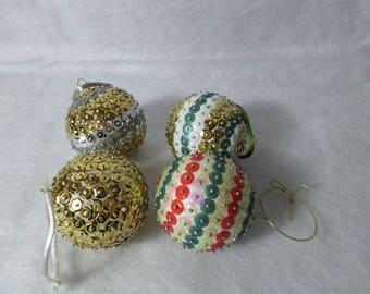 Set of 4 small sequin Christmas balls