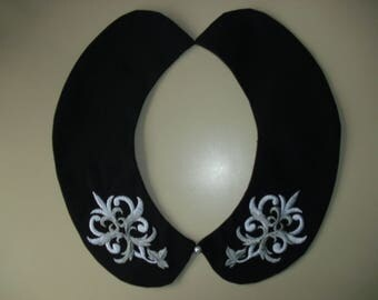 Peter Pan collar fashion accessory necklace