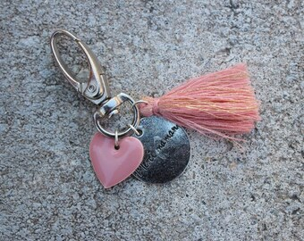 """Keychain Locket grigri """"thank you MOM"""" with pink enamel heart sequin and tassel rose gold plated wire"""